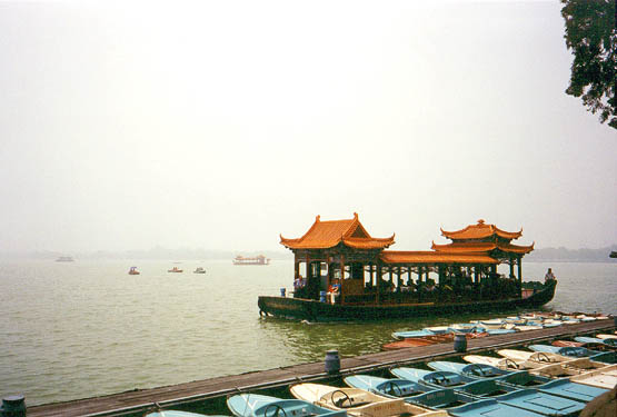 tourist barge at the Summer Palace
